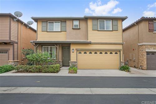 Photo of 17642 W Sammy Lane, Northridge, CA 91325 (MLS # SR21223324)