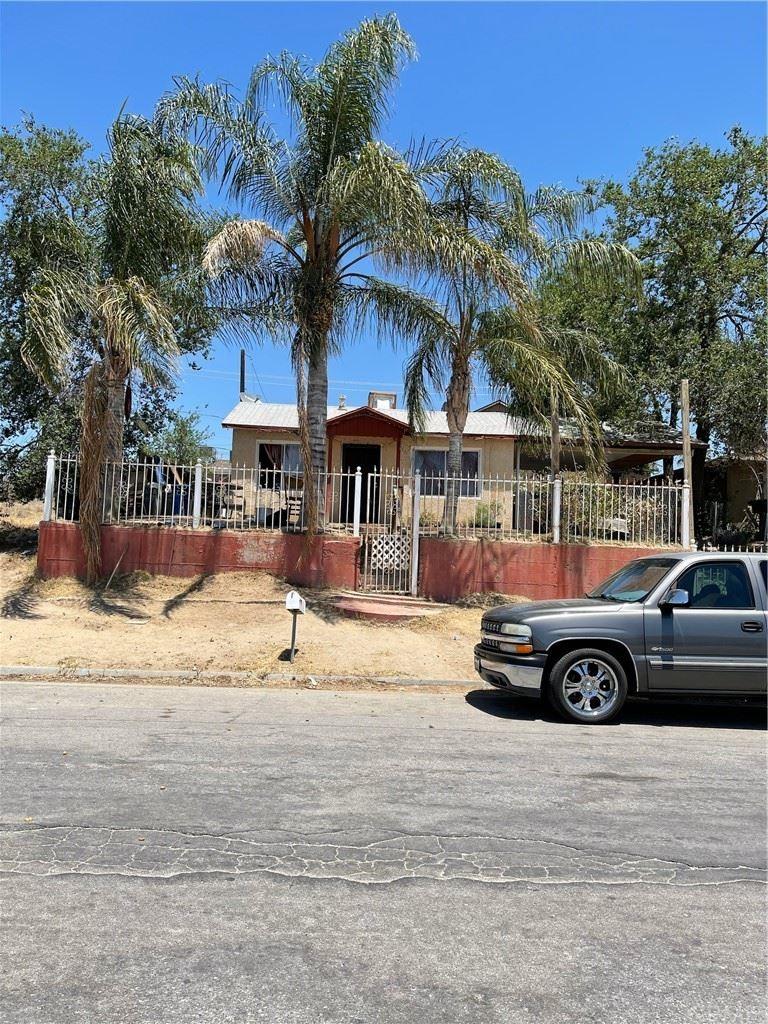 1524 Jefferson Street, Bakersfield, CA 93305 - MLS#: CV21133324