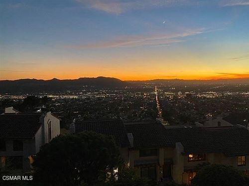 Photo of 1703 Camino De Villas, Burbank, CA 91501 (MLS # 221000325)
