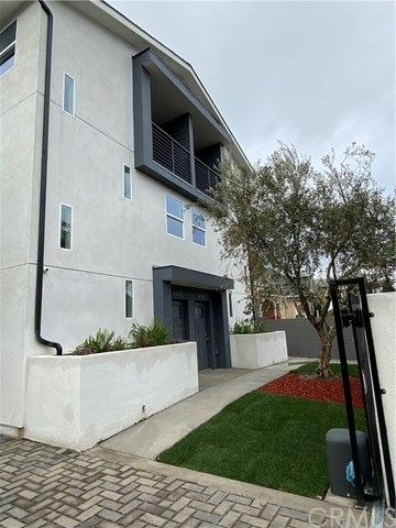 Photo of 232 E 27th Street, Los Angeles, CA 90011 (MLS # DW20143325)
