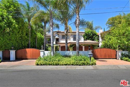 Photo of 18429 Linnet Street, Tarzana, CA 91356 (MLS # 20616326)