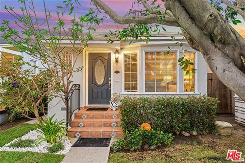 Photo of 11809 Gateway Boulevard, Los Angeles, CA 90064 (MLS # 21758326)