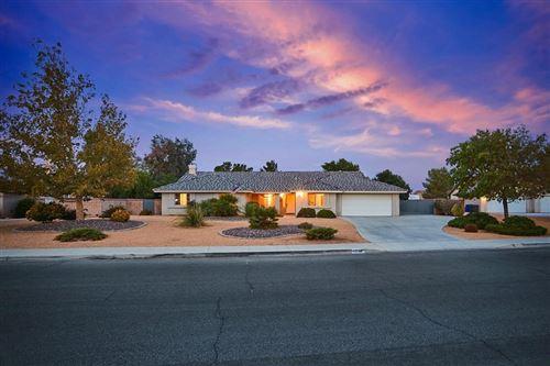 Photo of 13789 Coachella Road, Apple Valley, CA 92307 (MLS # 540326)