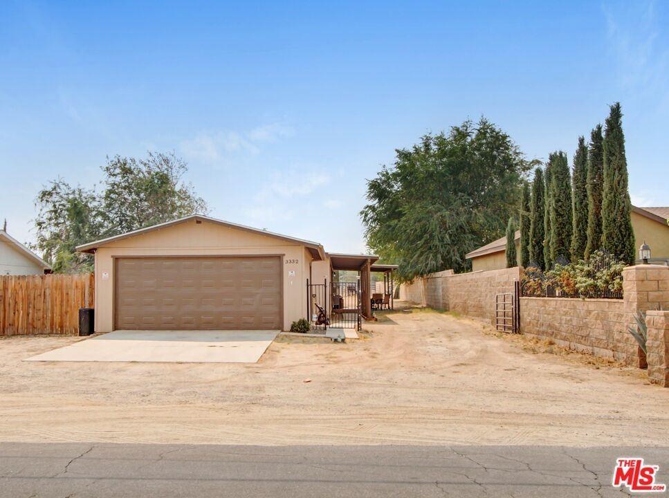 3332 E Avenue R12, Palmdale, CA 93550 - MLS#: 21791326