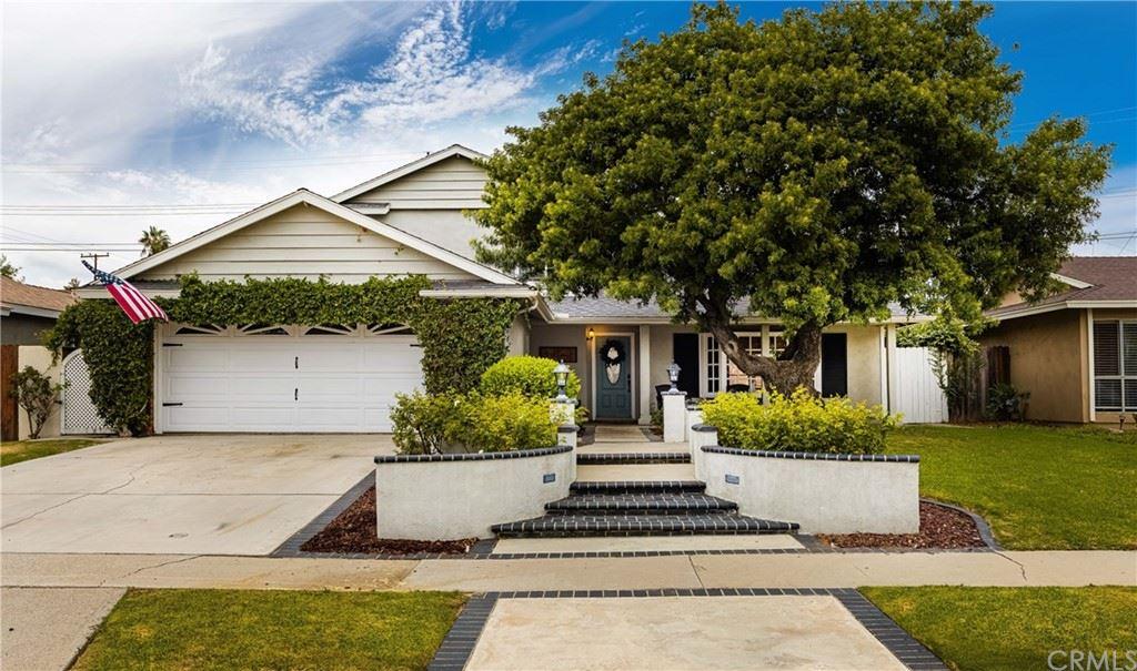 Photo of 919 Cuyler Avenue, Placentia, CA 92870 (MLS # PW21224326)