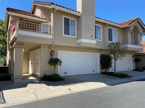 Photo of 630 Ivywood Lane #B, Simi Valley, CA 93065 (MLS # 221002327)