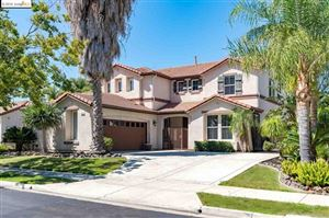 Photo of 543 CASHEW PL., Brentwood, CA 94513 (MLS # 40879327)