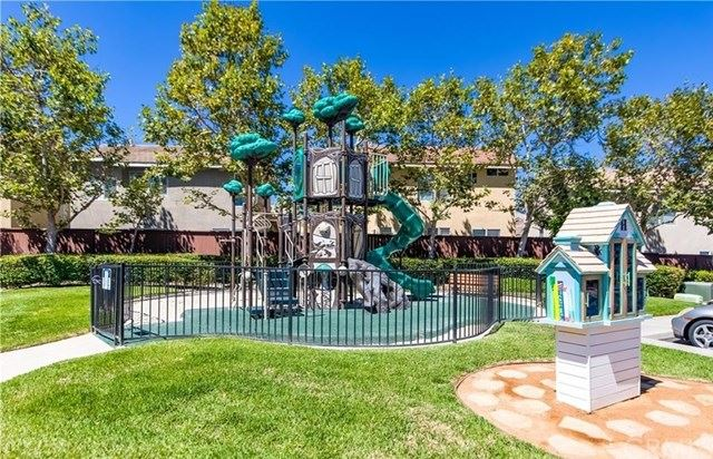 Photo of 8 Ashbury Court, Aliso Viejo, CA 92656 (MLS # LG21047327)