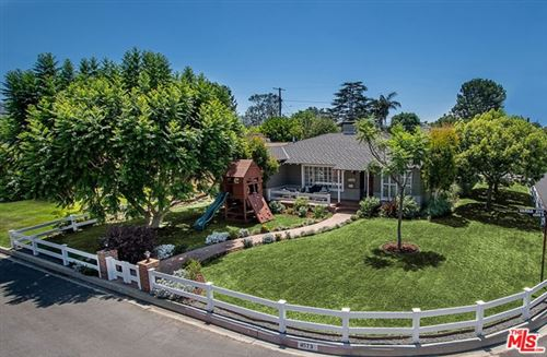Photo of 4573 Varna Avenue, Sherman Oaks, CA 91423 (MLS # 20611328)
