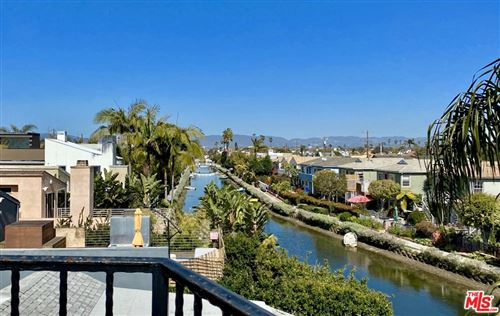 Photo of 3003 Grand Canal, Venice, CA 90291 (MLS # 21715328)