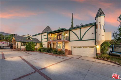 Photo of 13642 Gladstone Avenue, Sylmar, CA 91342 (MLS # 21788328)