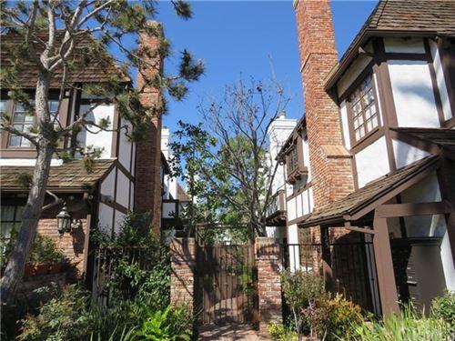Photo of 123 Georgina Avenue #11, Santa Monica, CA 90402 (MLS # OC21030328)