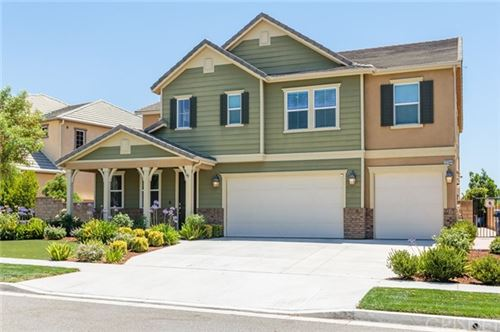 Photo of 22344 Windriver Court, Saugus, CA 91350 (MLS # SR20140329)