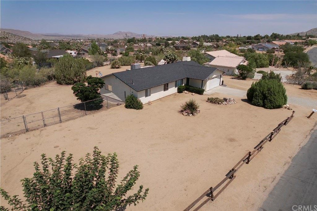 58066 Carlyle Drive, Yucca Valley, CA 92284 - MLS#: JT21196329