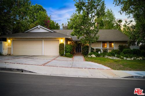 Photo of 20301 Reaza Place, Woodland Hills, CA 91364 (MLS # 21763330)