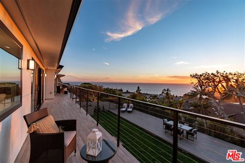 Photo of 243 Notteargenta Road, Pacific Palisades, CA 90272 (MLS # 21786330)