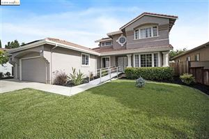 Photo of 413 Madrone Pl, Brentwood, CA 94513 (MLS # 40863330)