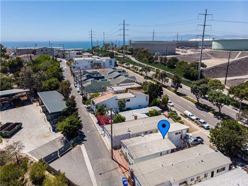 Photo of 522 Rosecrans Avenue, Manhattan Beach, CA 90266 (MLS # SB21123330)