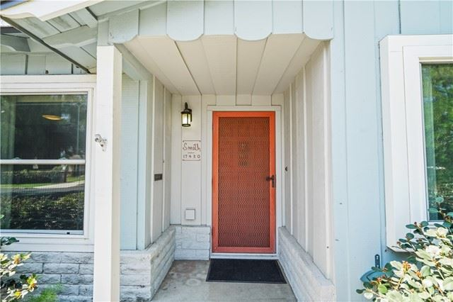 Photo of 17430 Horace Street, Granada Hills, CA 91344 (MLS # SR21127330)