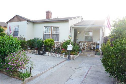 Photo of 7723 Tujunga Avenue, North Hollywood, CA 91605 (MLS # DW21192332)