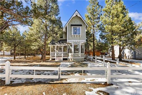Photo of 973 Cypress Lane, Big Bear, CA 92314 (MLS # EV21009332)