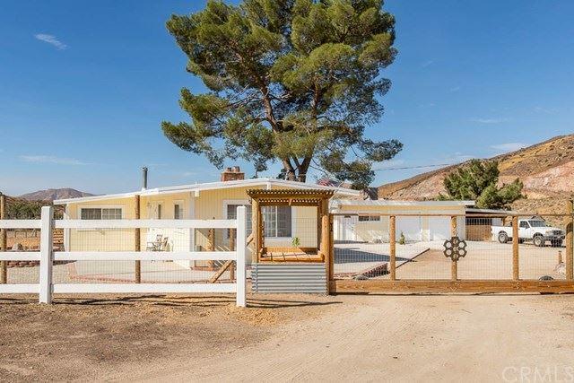 Photo of 401 Rockyford Road, Palmdale, CA 93550 (MLS # BB20144332)