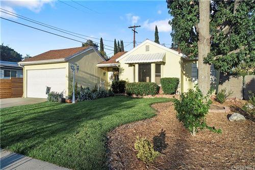 Photo of 10562 Danube Avenue, Granada Hills, CA 91344 (MLS # SR21201333)