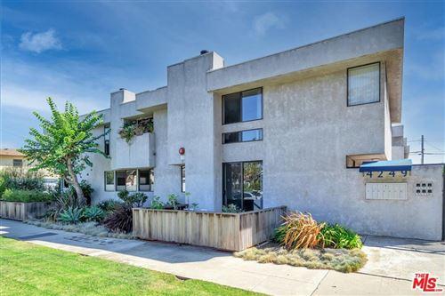 Photo of 4249 East Boulevard #6, Culver City, CA 90066 (MLS # 21783334)