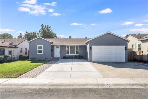 Photo of 25 Birch Lane, San Jose, CA 95127 (MLS # ML81818334)