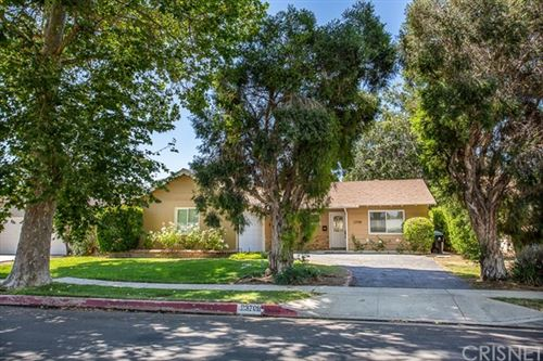 Photo of 23708 Archwood Street, West Hills, CA 91307 (MLS # SR20131334)