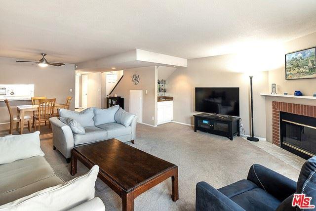 Photo of 12421 Riverside Drive #4, Valley Village, CA 91607 (MLS # 21746334)