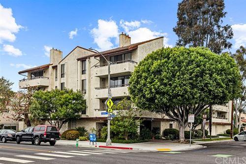 Photo of 225 E Hermosa #104, Long Beach, CA 90802 (MLS # PW21101335)