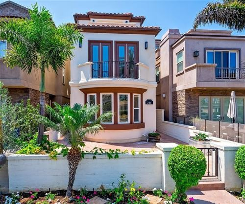 Photo of 311 2nd Street, Huntington Beach, CA 92648 (MLS # NP21153336)