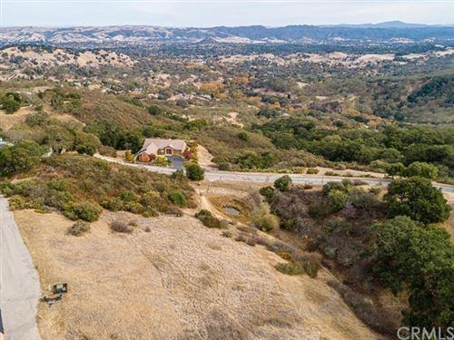 Photo of 10840 Vista Road, Atascadero, CA 93422 (MLS # NS20246336)