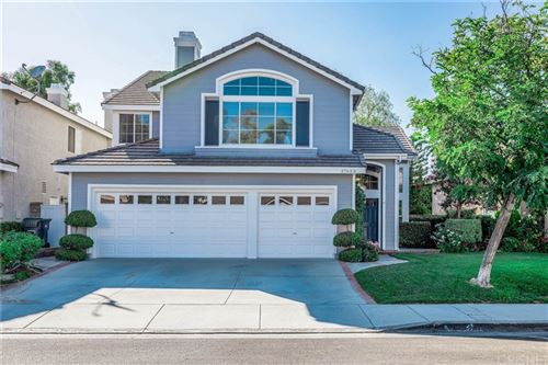 Photo of 27623 Rutherford Place, Valencia, CA 91354 (MLS # SR21162336)