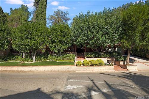 Photo of 4642 Morro Drive, Woodland Hills, CA 91364 (MLS # SR21210336)