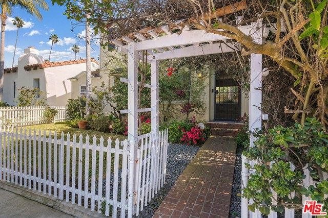 Photo of 820 Crestmoore Place, Venice, CA 90291 (MLS # 21693336)
