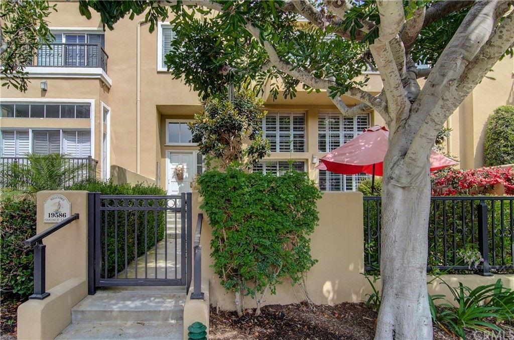 19586 Oakdale Lane, Huntington Beach, CA 92648 - MLS#: OC21160336