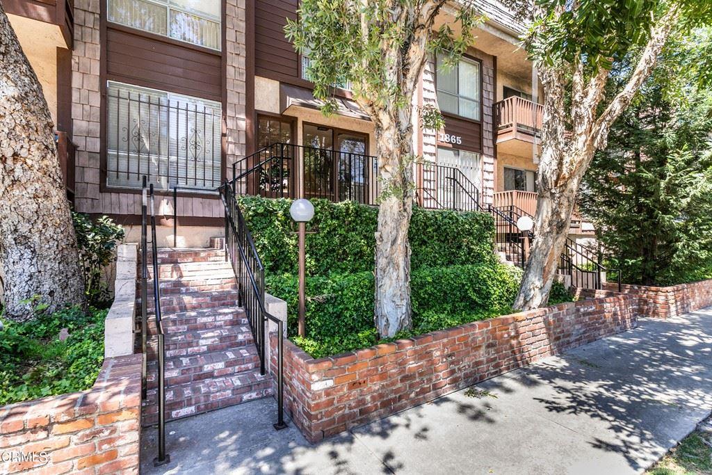 1865 Greenfield Avenue #207, Los Angeles, CA 90025 - MLS#: V1-6337