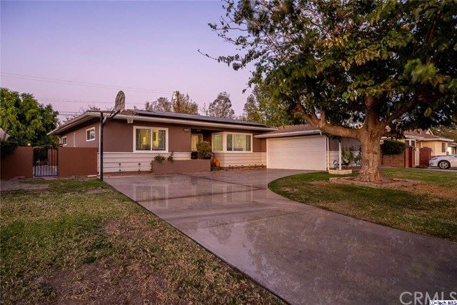 Photo for 8360 Delco Avenue, Winnetka, CA 91306 (MLS # 319004338)