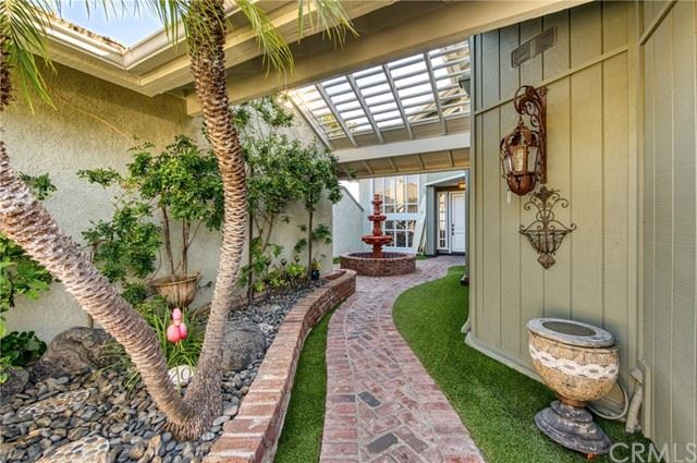 Photo of 20 Coventry, Newport Beach, CA 92660 (MLS # NP21060338)