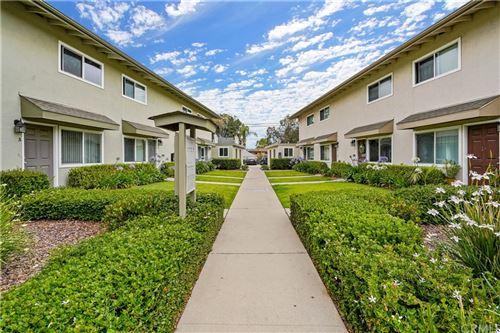 Photo of 1032 W Wilson Street, Costa Mesa, CA 92627 (MLS # OC21197339)