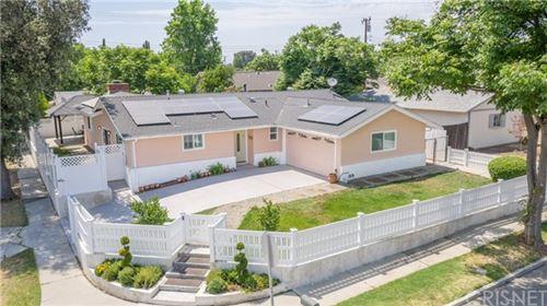 Photo of 2207 Lupin Street, Simi Valley, CA 93065 (MLS # SR21132339)