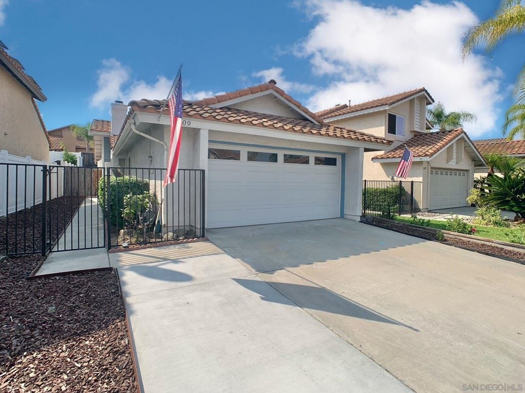 2409 Royal Saint James, El Cajon, CA 92019 - MLS#: 210019339