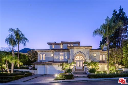 Photo of 13977 AUBREY Road, Beverly Hills, CA 90210 (MLS # 20623340)