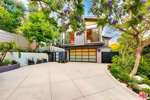 Photo of 9621 ROYALTON Drive, Beverly Hills, CA 90210 (MLS # 20658340)