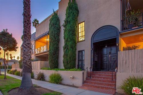 Photo of 609 Washington Avenue #E, Santa Monica, CA 90403 (MLS # 20665340)