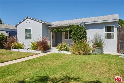 Photo of 2590 Wellesley Avenue, Los Angeles, CA 90064 (MLS # 21690340)