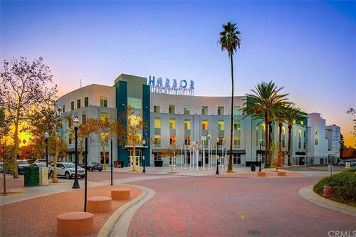 Photo of 435 W Center Street Promenade #432, Anaheim, CA 92805 (MLS # OC21219341)
