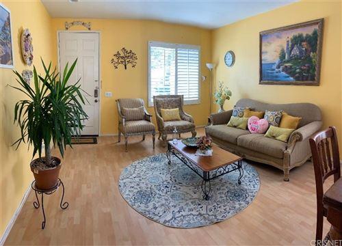 Tiny photo for 29884 Cashmere Place, Castaic, CA 91384 (MLS # SR21171341)